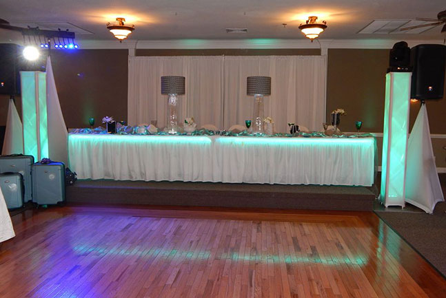 Lee's Summit Wedding Head Table